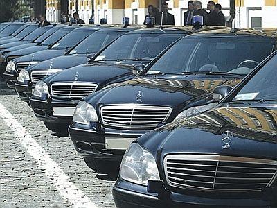У большинства смоленских чиновников нет собственных авто