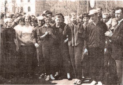 Команда СГИФК – победительница эстафеты по Смоленску.60-е годы